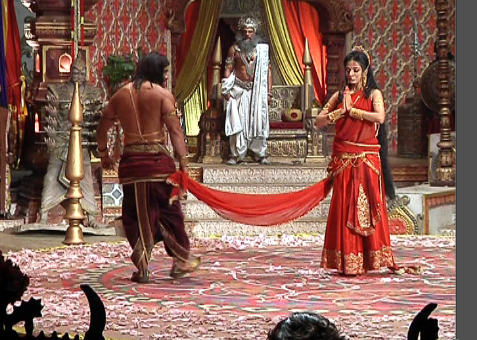 Drupadi-cheer-haran-on-the-sets-of-Mahabharat