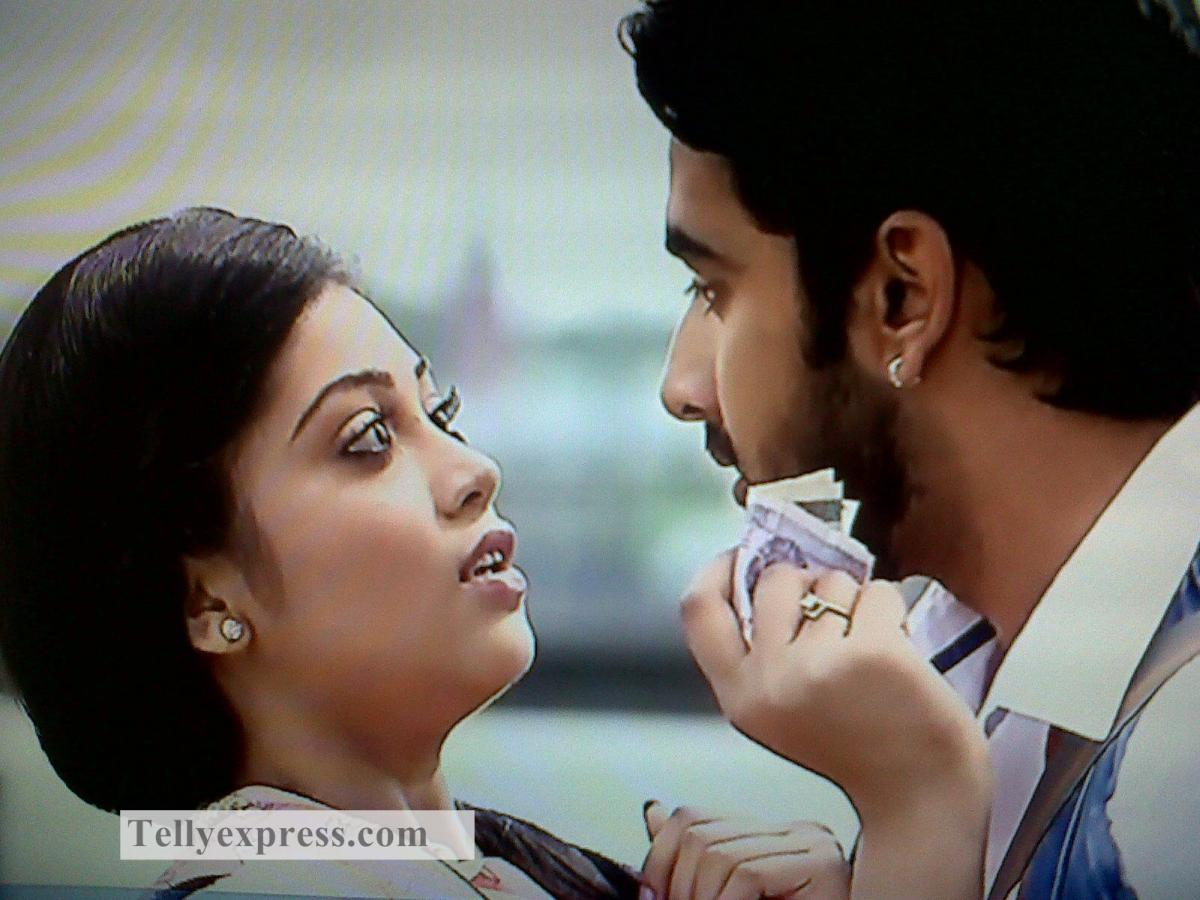 Baldev To Warn Sahil To Stay Away From Veera, Veera To Realize Her Love For Baldev In Veera